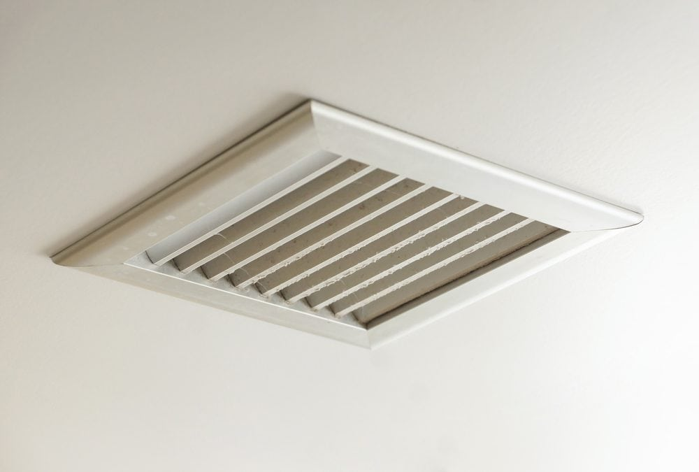 Do I Have to Remove Vents When Painting the Ceiling?