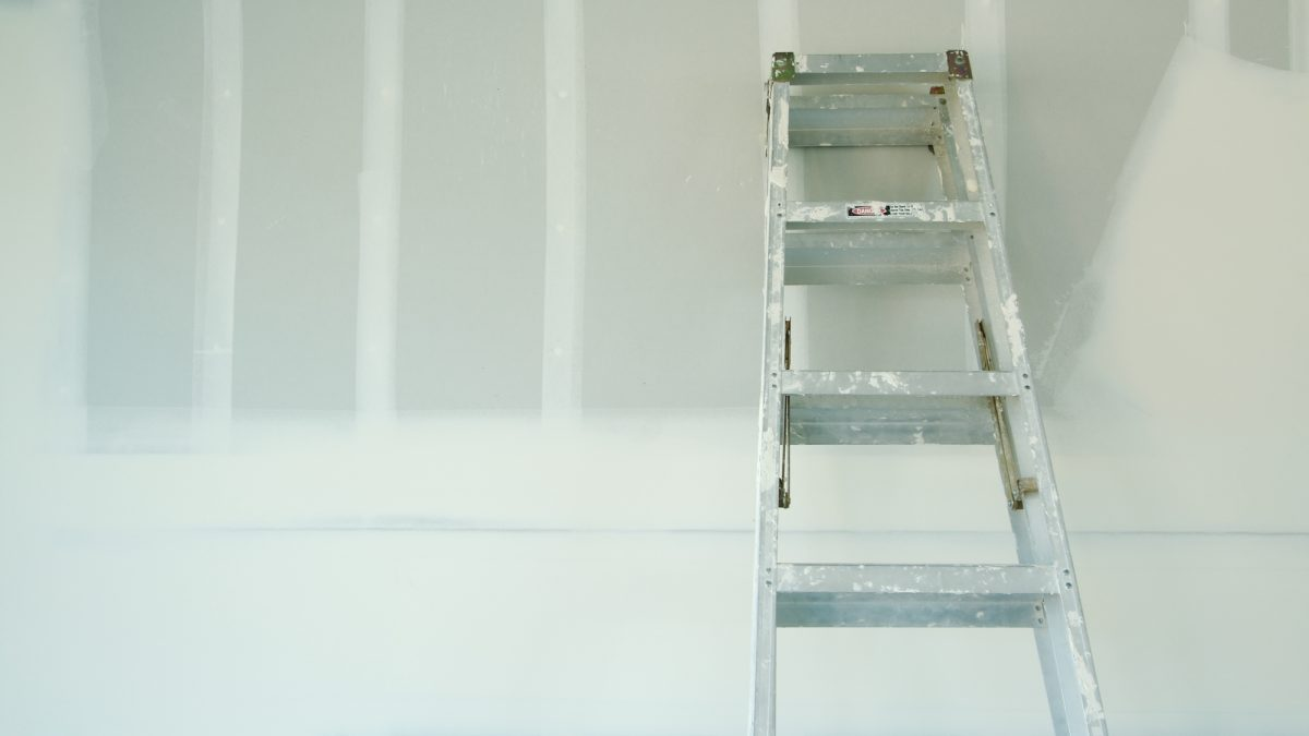 How to Repair Drywall Flaws for Your Painting Project